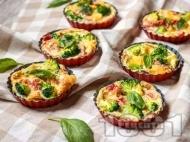 Рецепта Нисковъглехидратни солени мъфини с яйца, шунка, сирене и броколи на фурна